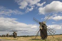 Windmühlen in der Landschaft Lizenzfreie Stockfotografie