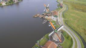 Windmühlen im Zaanse Schans Stockbilder