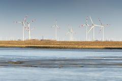 Windmühlen in Norddeutschland Stockfotos
