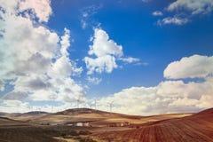 Windmühlenfeld im Süden von Spanien Stockfoto