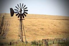 Windmühlenleistung Lizenzfreie Stockfotografie