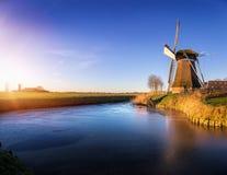 Windmill在冬天下午的de Meervogel 库存图片