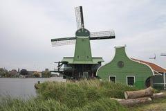 Windmill av Zaansen Schans Arkivfoton