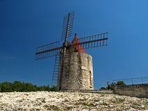 windmill för daudetfontvielle s Arkivbilder