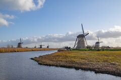 Free Windmill Holland Or Nederland Kinderdijk A UNESCO World Heritage Royalty Free Stock Photos - 169788028