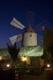 Windmill på natten Arkivbild