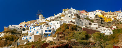 Windmill and white houses, Oia, Santorini, Greece Royalty Free Stock Photos
