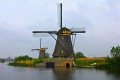 Windmills i Holland royaltyfri fotografi