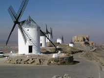 Windmills på Consuegra royaltyfria foton