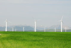 Windmills on prairie Royalty Free Stock Photography