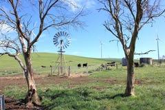 Windmolen en windturbines Royalty-vrije Stock Afbeelding