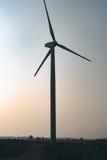 Windmolen op gebied Stock Afbeeldingen