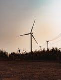 Windmolen op gebied Royalty-vrije Stock Afbeeldingen