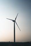 Windmolen op gebied Stock Afbeelding