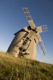 Windmolen in platteland Stock Fotografie