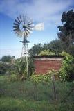 Windmolens bij Los Osos, CA Royalty-vrije Stock Afbeeldingen