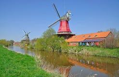 Windmolens, Greetsiel, Duitsland Royalty-vrije Stock Fotografie