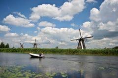Windmolens in Kinderdijk stock foto