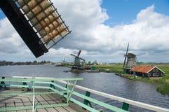 Windmolens in Nederlandse Zaanse Schans Stock Fotografie