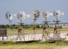 Windmolens op een rij Royalty-vrije Stock Fotografie