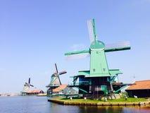 Windmolens in zaanse shans Nederland Stock Foto's