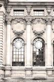 windon velho no tijolo e no vidro do nd Londres do engla a parede foto de stock royalty free