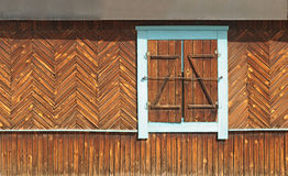 The window of the old wooden log house Royalty Free Stock Photography