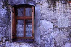 Free Window On The Texture Of Ultraviolet Natural Stone Royalty Free Stock Images - 112801159