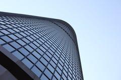 windowed högväxt för skyskrapa royaltyfri fotografi