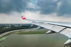 Windowm d'avion d'Air Asia images stock