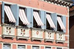 Windows在威尼托房子 库存图片
