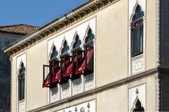 Windows在威尼托房子 图库摄影