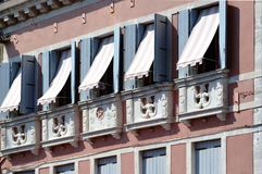 Windows在威尼托 免版税库存照片