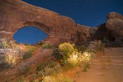 Windows拱门国家公园在晚上 免版税库存照片