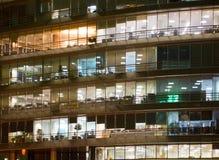 Windows背景的办公楼 库存图片