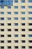 Windows à la construction moderne Images libres de droits