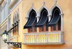 Windows που θέτουν στη Βενετία Στοκ Εικόνα