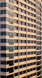 Windows τοίχων εμπορικών κέντρων οικοδόμησης ανασκόπησης Στοκ Εικόνες