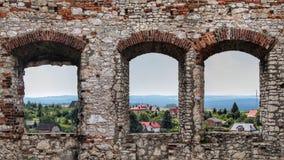 Windows в замке стоковые фото