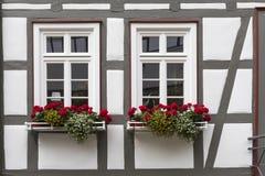 Windows исторического дома полу-тимберса в Германии Стоковые Изображения