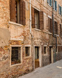 Windows и стены в Венеции Стоковое Изображение RF