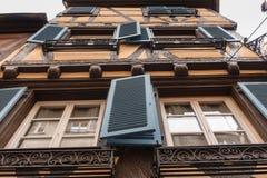 Windows и штарки Кольмара, Франции Стоковая Фотография RF