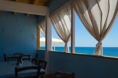 Windows на виде на море Стоковые Фото