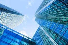 Windows офиса небоскреба, корпоративного здания в Lon Стоковые Фото