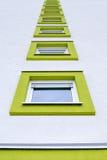 Windows покрашенное известкой Стоковые Изображения RF