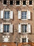 Windows с белыми штарками Стоковые Изображения