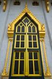 Windows часовни Wat Luang Po Sothon в Chachoengsao, Стоковые Фотографии RF