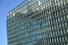Windows angolare moderno di Reykjavik, Islanda Immagini Stock Libere da Diritti