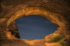 Windows arqueia o parque nacional na noite Fotografia de Stock Royalty Free