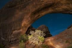 Windows arqueia o parque nacional na noite Foto de Stock Royalty Free